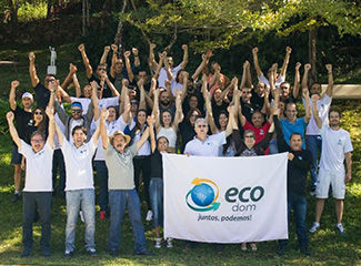 Coordenadores do Movimento Ecos com parceiros em encontro realizado em 2019. (Thiago Ventura/Dom Total)