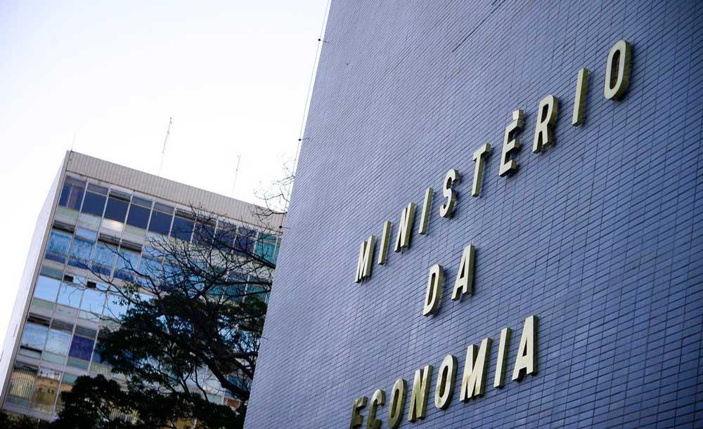Ministério da Economia pretende realizar a Reforma Administrativa, o que pode afetar a estabilidade dos servidores