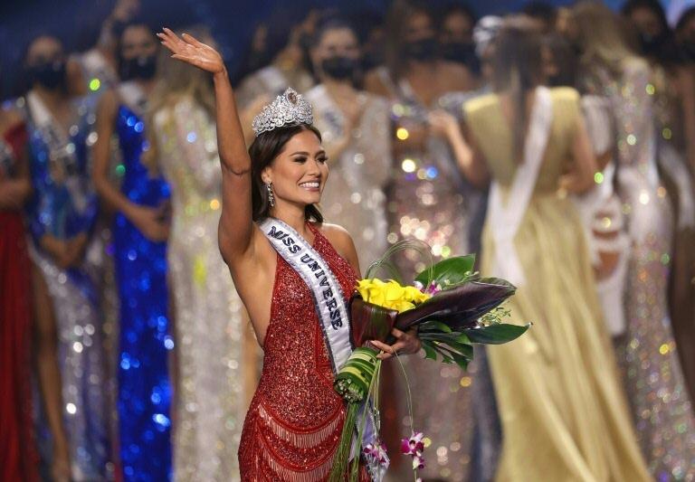 Mexicana Andrea Meza é coroada Miss Universo 2021, em Hollywood, na Flórida, em 16 de maio de 2021