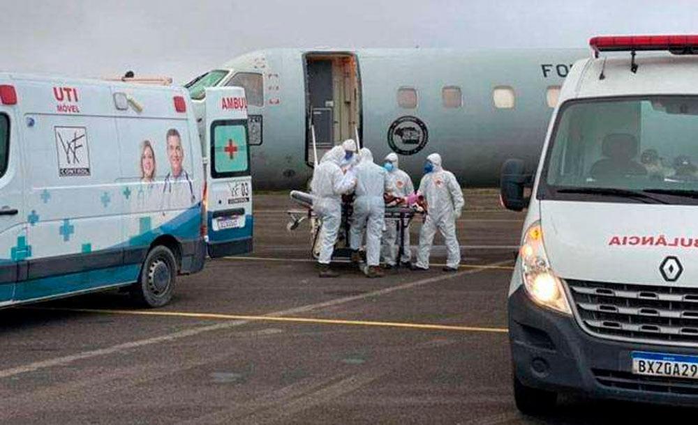 Na segunda onda em Manaus, pacientes tiveram de ser transferidos para outros estados