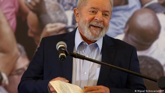 O ex-presidente Lula busca atrair forças políticas do centro para sua candidatura em 2022
