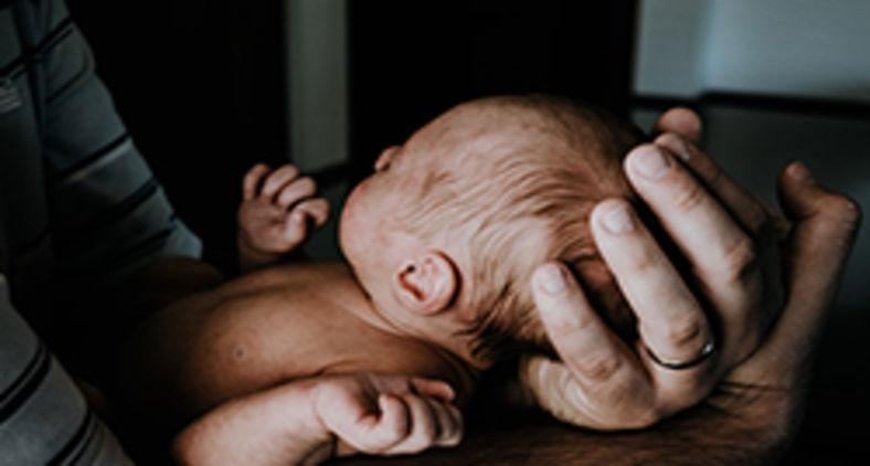 Você criou os filhos exatamente como o pai aí de cima recomendou (Unsplash/Kelly Sikkema)