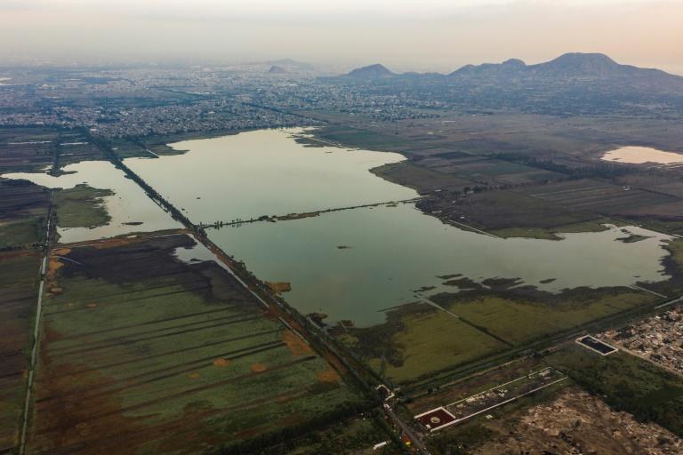Vista aérea do Lago Tlahuac-Xico, na Cidade do México, em 1º de junho de 2021