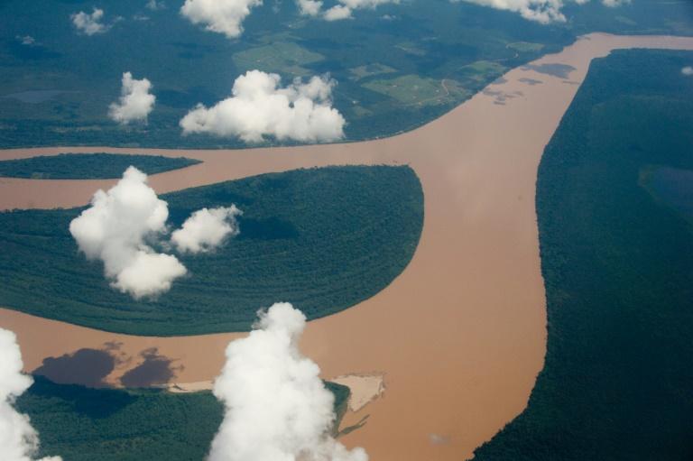 Foto de arquivo de vista aérea da bacia amazônica