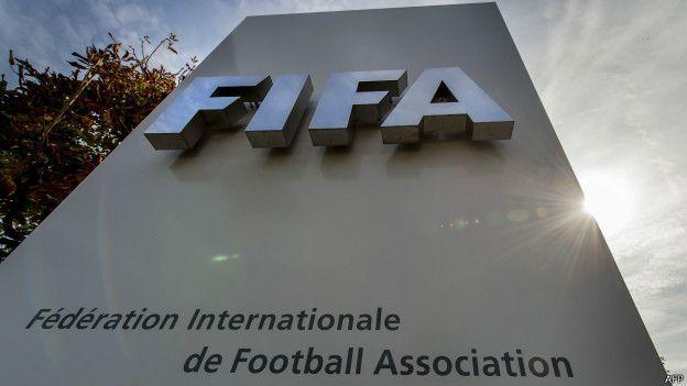Fifa ainda não se pronunciou oficialmente, mas o sinal amarelo foi aceso nos escritórios de Zurique, na Suíça
