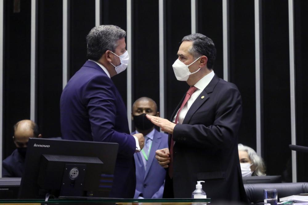 Ministro Barroso participa de audiência na Câmara dos Deputados