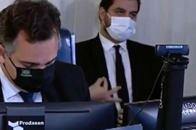 Filipe Martins fez o gesto com conotação racista durante de sessão no Senado