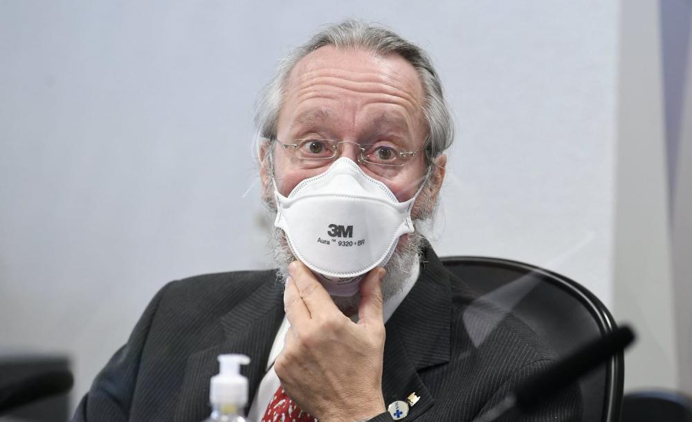 O médico sanitarista Cláudio Maierovitch durante seu depoimento na CPI da Covid