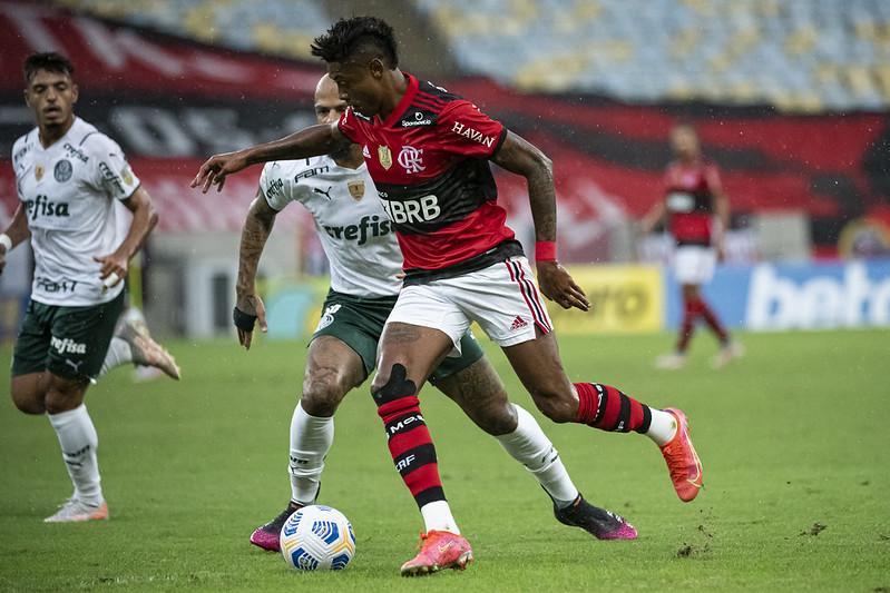 Flamengo é o principal favorito na briga pelo título nacional