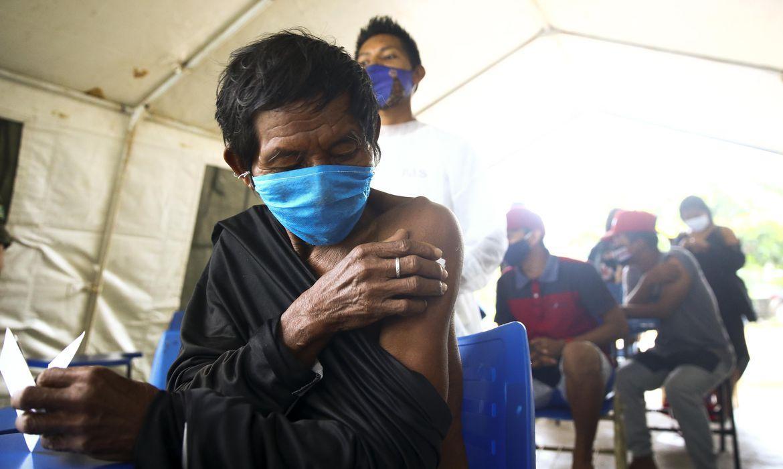Segunda dose do imunizante foi aplicada em 71% desse público