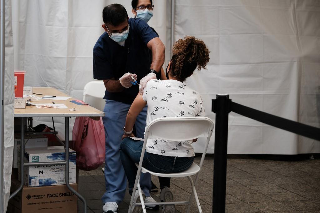 A mudança de rumo em relação ao Programa Nacional de Imunização ocorre quatro dias após a autorização pela Anvisa de uso do imunizante da Pfizer em adolescentes de 12 a 15 anos