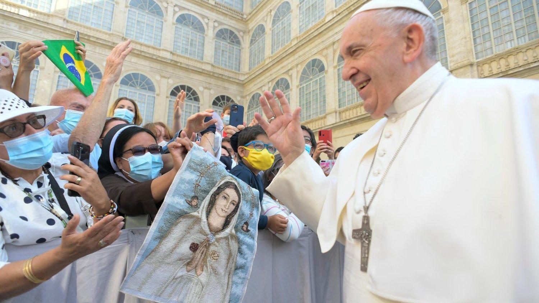 Papa Francisco durante a Audiência Geral do dia 16 de junho