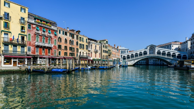 Grande canal de Veneza: cidade ameaçada pelo fluxo de turistas