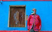 O estilista Ronaldo Fraga se inspirou em artistas do Cariri, no Ceará para a coleção 'Terra de gigantes' (Augusto Pessoa/Divulgação)