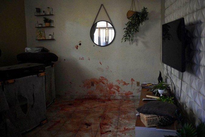Familiares acusam os policiais de vingança pela morte de colega morto na ocasião