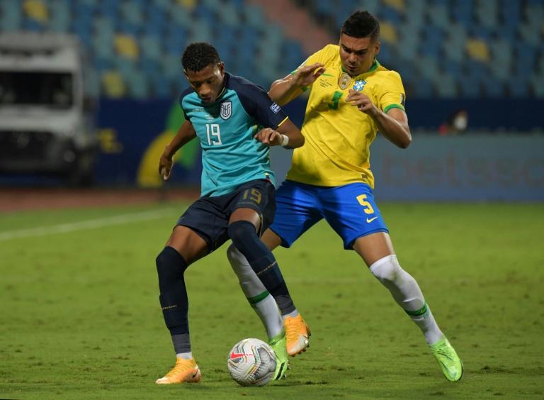 Lance da partida entre Brasil e Equador, pela Copa América