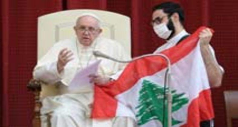 Francisco faz um esforço para que o Líbano não viva momentos de terror como aqueles registrados em outros países do Oriente Médio (Vatican Media)