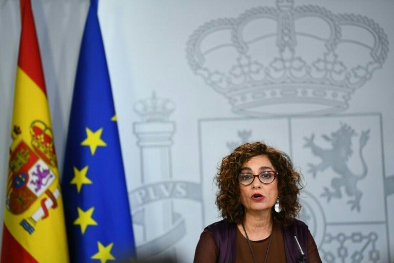 A ministra porta-voz María Jesús Montero, em Madri