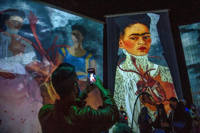 Exposição digital recria vida e obra de Frida Kahlo