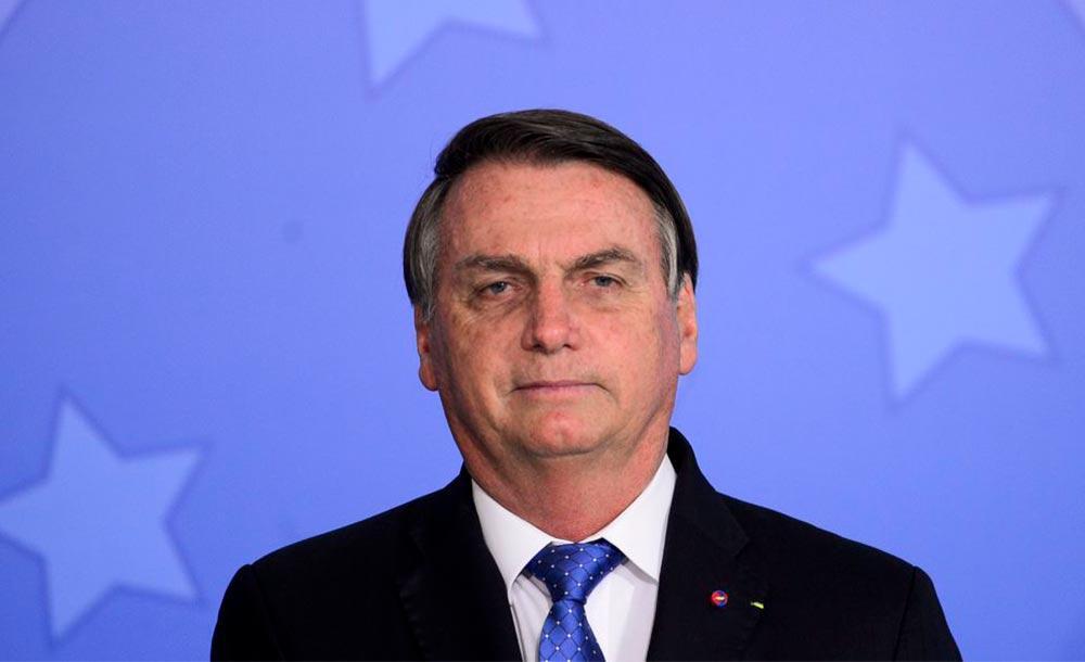 Rejeição de Bolsonaro era de 54% no levantamento anterior, feito entre 11 e 12 de maio.