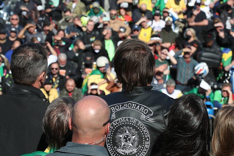Motociata na cidade de Porto Alegre com apoiadores do presidente Jair Bolsonaro