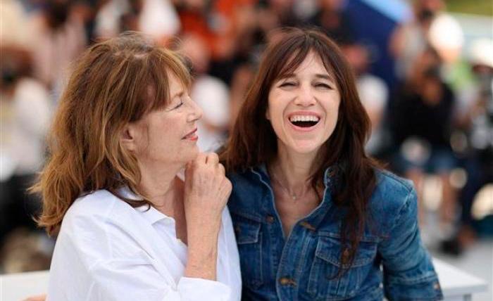 Jane Birkin e afilha, Charlotte, na première do documentário em Cannes