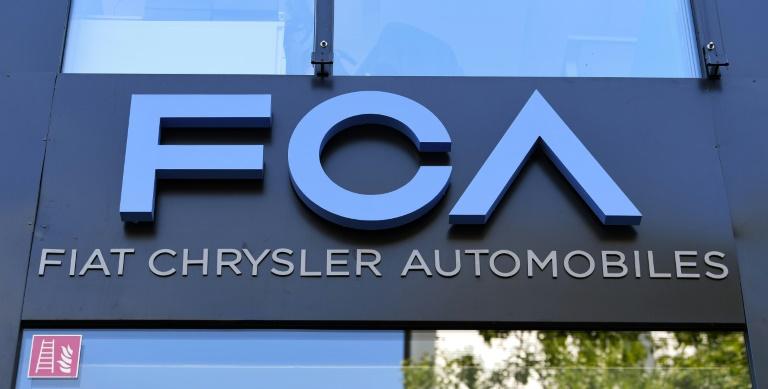 Logo da Fiat Chrysler Automobiles (FCA) fotografado em 22 de julho de 2020 em Frankfurt