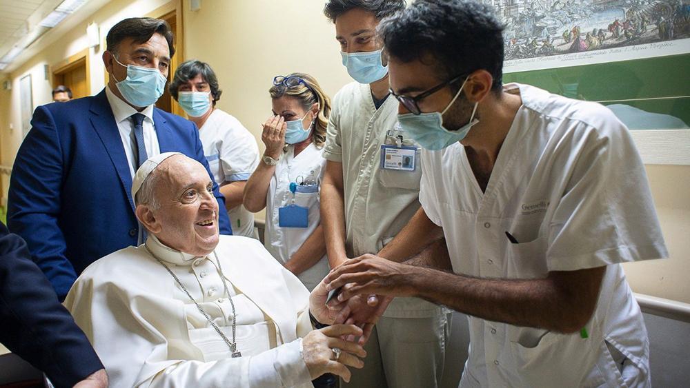 Papa Francisco durante sua internação no Hospital Gemelli