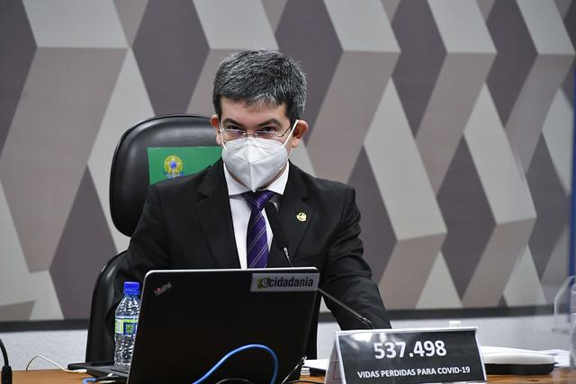 Senador diz Rodrigues diz que Bolsonaro não conseguirá desviar o foco da CPI
