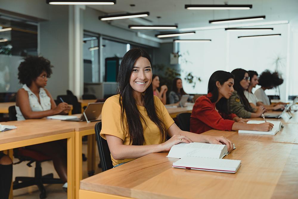 A Dom Helder e a EMGE também são parceiras dos programas de financiamento estudantil Pravaler e Creditar Universitário.