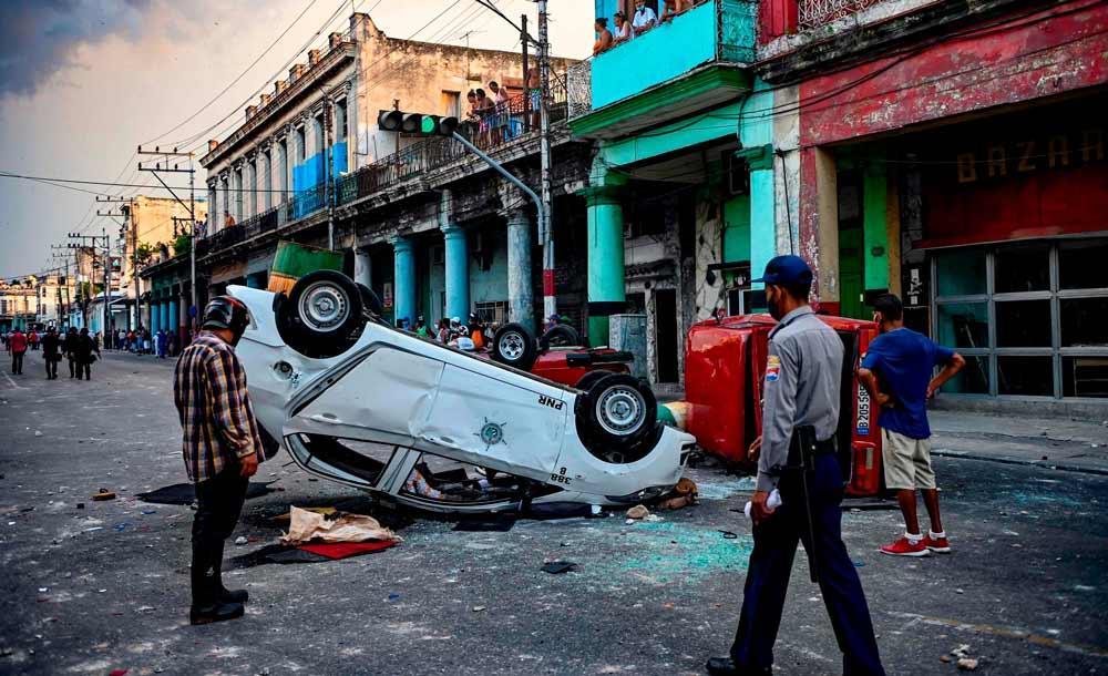 Protestos foram considerados pacíficos pela OEA e governo cubano nega desaparecimentos