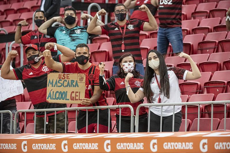 Torcida do Flamengo viu goleada do time na Libertadores