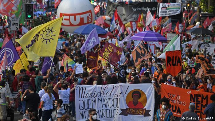 A onda de protestos de sábado foi a primeira após uma pesquisa do Datafolha indicar reprovação recorde de Bolsonaro