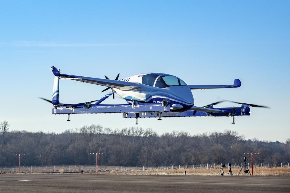'Carro voador' da Boeing faz primeiro voo de teste em 2019