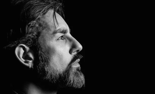 O diretor Eric Lenate fez curso de três meses com atores-criadores para o projeto