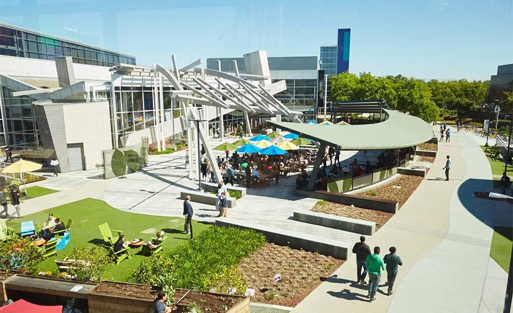 Googleplex Campus:  empresa  anunciou nesta quarta-feira que adiou a data oficial de retorno para 18 de outubro