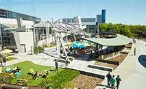 Googleplex Campus:  empresa  anunciou nesta quarta-feira que adiou a data oficial de retorno para 18 de outubro (Divulgação)