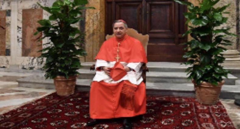 Angelo Becciu, no dia de sua posse, como cardeal, em 2018 (AFP)
