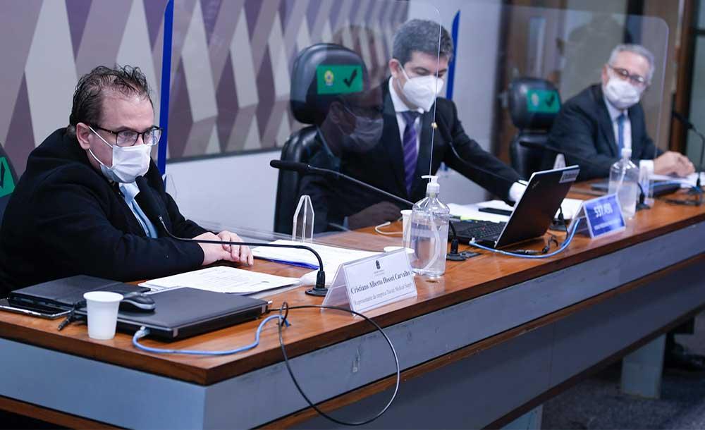 No depoimento à CPI, em 15 de julho, Carvalho revelou detalhes da negociação