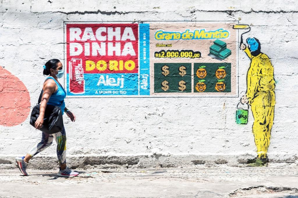Grafite faz referência ao suposto esquema de corrupção conhecido como