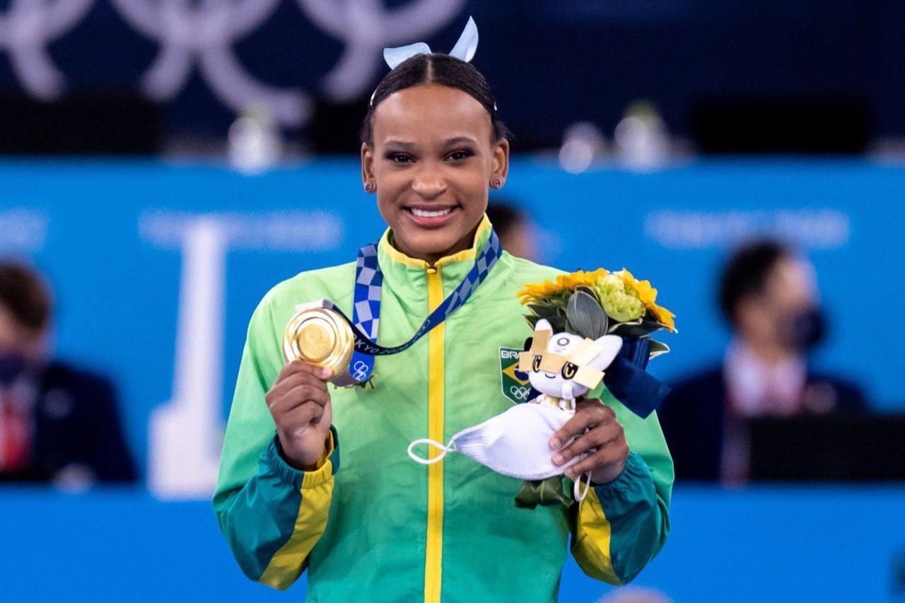 Rebeca Andrade fez história ao conquistar duas medalhas inéditas para o Brasil