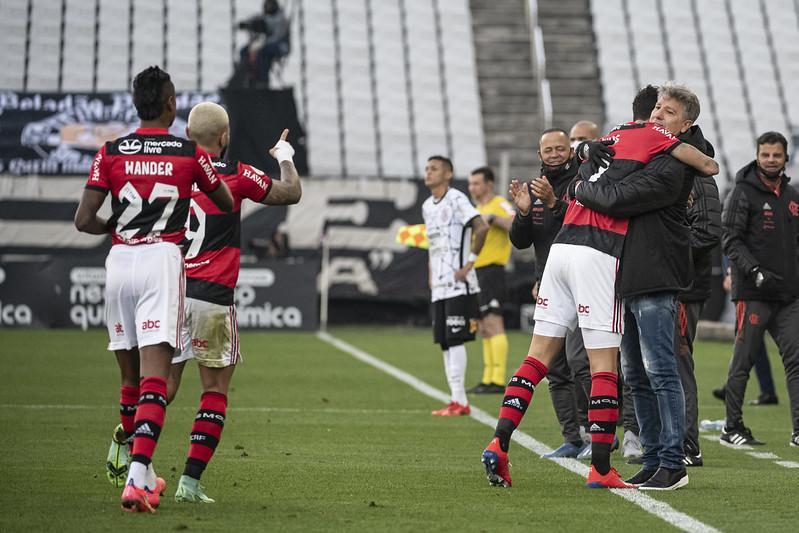 Flamengo emplacou sequência de vitórias com Renato Gaúcho