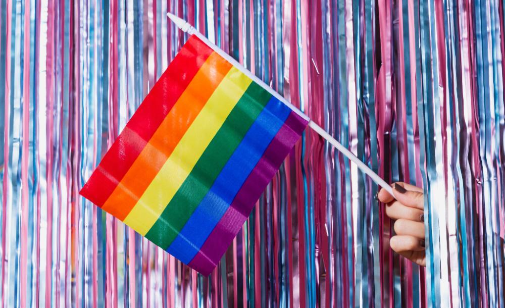 Pelo menos 180 atletas que participam do evento são abertamente LGBT, mais do que o triplo do número na Rio-2016