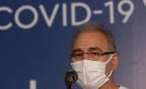 O ministro da Saúde, Marcelo Queiroga, participa de vacinação em massa contra a Covid-19 de moradores do Complexo da Maré (Fernando Frazão/ABr)
