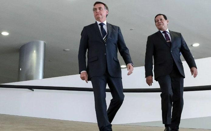 Chapa Bolsonaro Mourão entra na mira do TSE