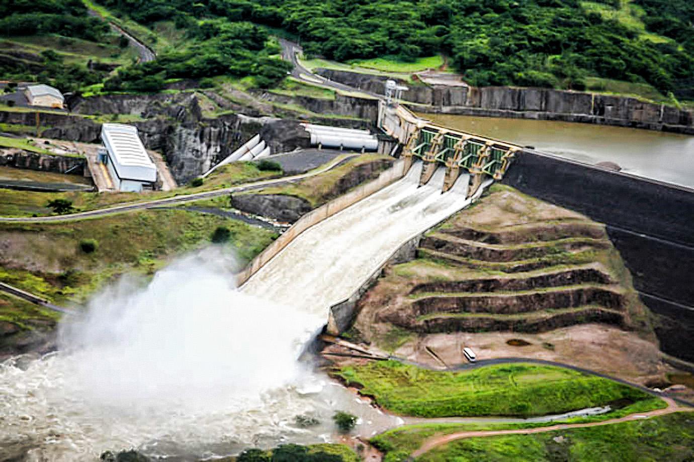 Usina hidrelétrica Miranda