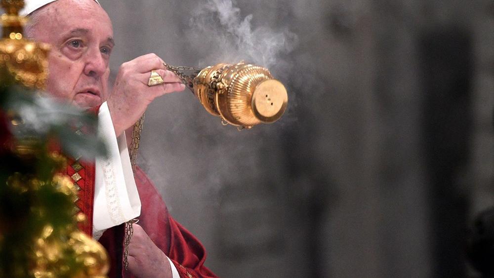 A assembleia dominical encontra-se 'desequilibrada em termos de presença geracional, falta de homogeneidade cultural', lembrou o papa