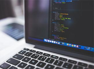 Programação é uma das melhores carreiras na Tecnologia da Informação. (Pixabay)