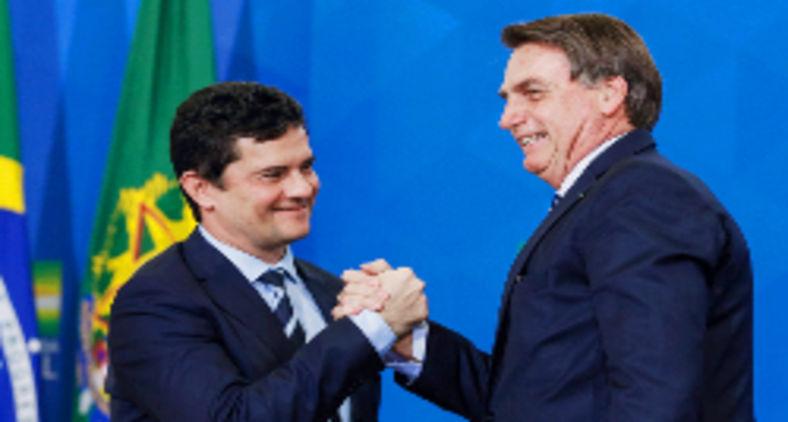 Bolsonaro nomeou Moro como ministro da Justiça com a promessa de indicá-lo para o STF. Acabou descartando-o com requintes de crueldade e extrema ingratidão (Carolina Antunes/PR/Flickr)