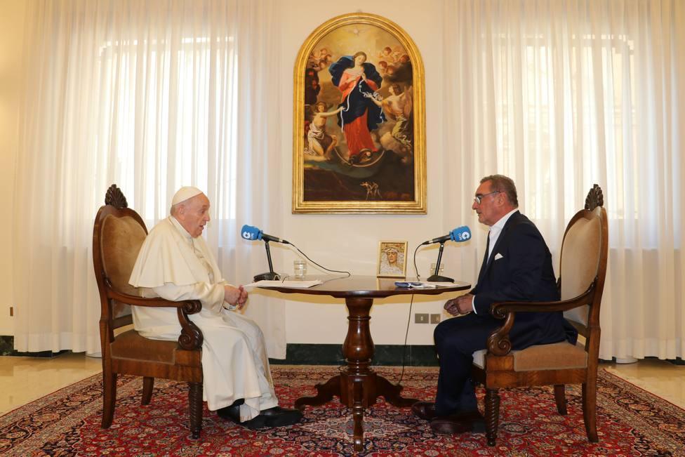 Papa Francisco entrevistado por Carlos Herrera da Rádio espanhola Cope